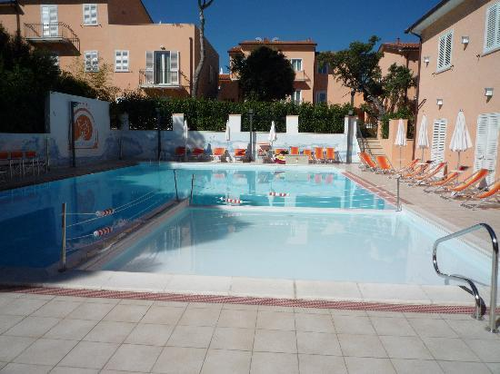 Varo Village Hotel: The pool