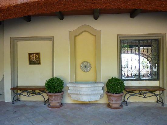 Hotel Il Pellicano: Entrance