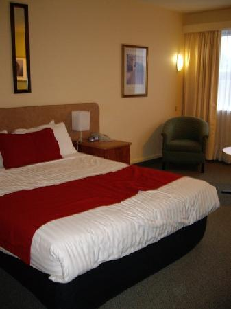 Comfort Inn Coach House: bed