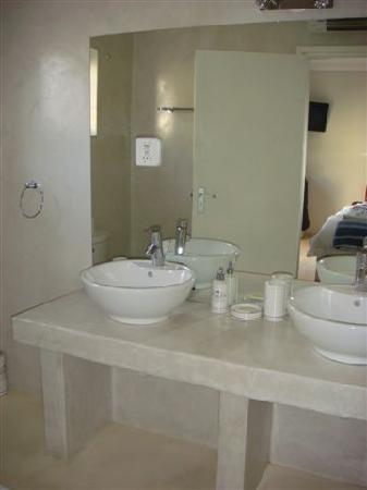 Swakopmund Guesthouse: Bad 1