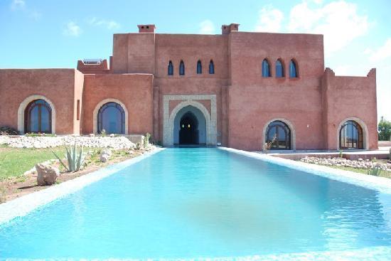 Ghazoua, Maroc : La villa et son couloir de nage 2