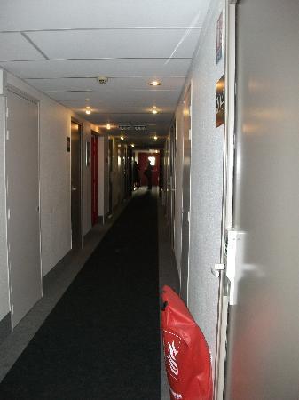 B&B Hotel TOURS Nord 2 La petite Arche: CORRIDOR