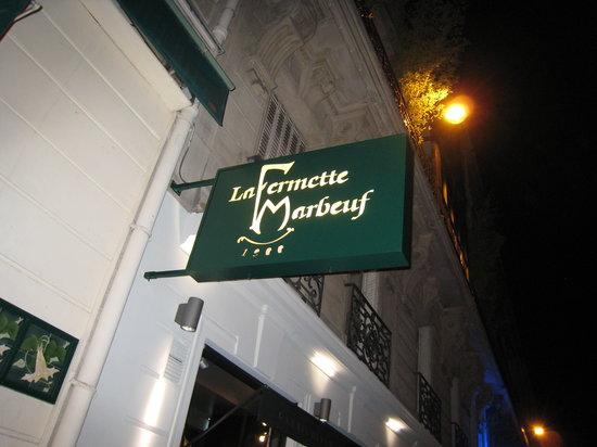 La Fermette Marbeuf: Outside sign