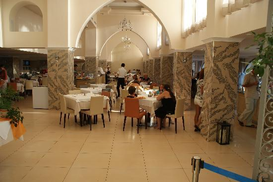 Ialyssos Bay Hotel Suneo Club: dining area