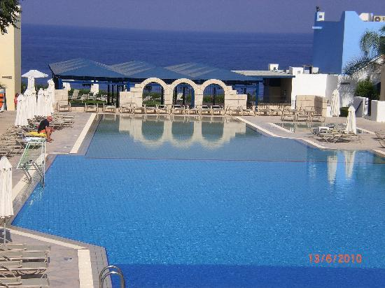Eleni Holiday Village: the swimming pool