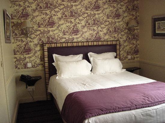 Hotel Gramont Opera Paris: Room 605
