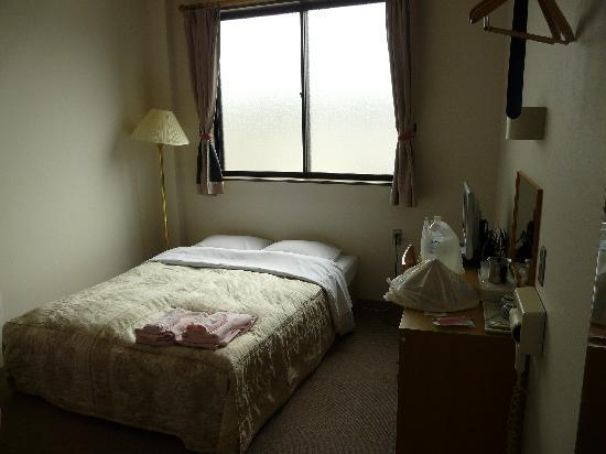 โรงแรมฮานา: Habitación hotel