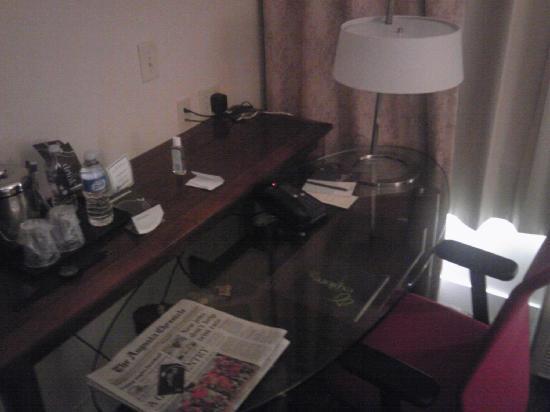 Sheraton Augusta Hotel : Workspace