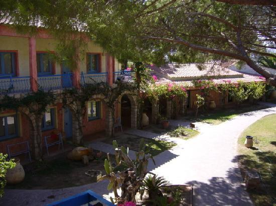 Eden Village Colostrai: camere zona ristorante