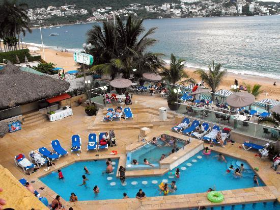 Copacabana Beach Hotel Pool Area