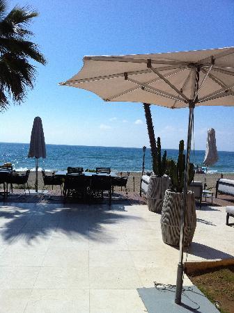 Forest Hills: Beach and restaurantes at Laguna Village