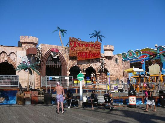 Morey's Piers and Beachfront Water Parks : Pirates of Wildwood on Moreys Piers 2010
