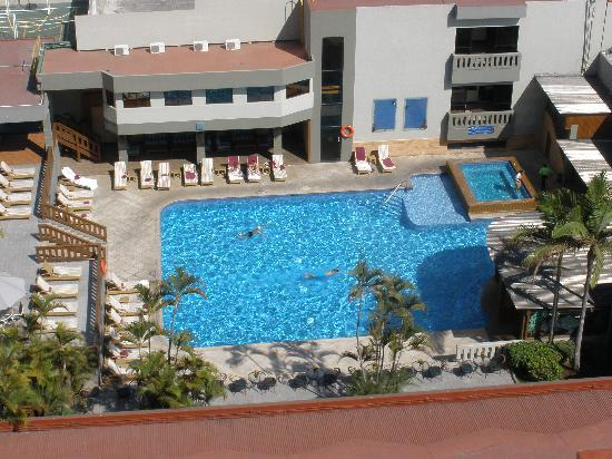 Barcelo Guatemala City: Pool