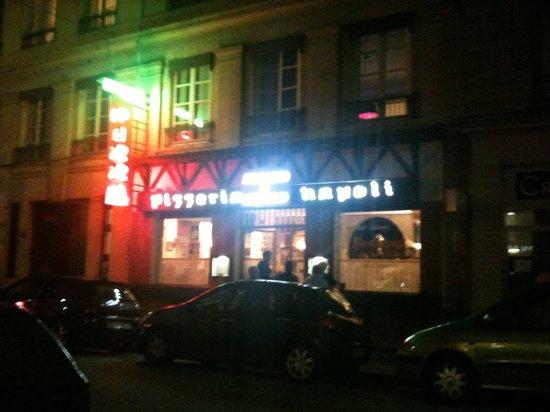 Pizzeria Napoli Chez Nicolo & Franco Morreale: 45 rue Franklin 69002 lyon