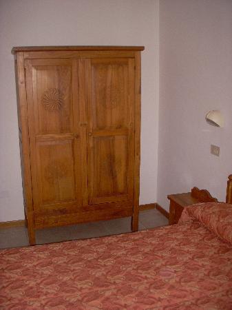 Hotel Des Bains: mobilio camera