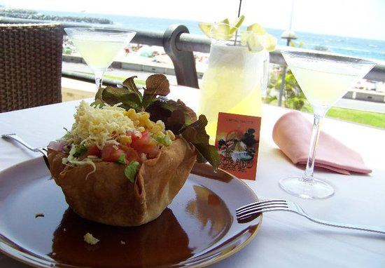 Restaurant El Dorado Mexican Grill : Enjoy best mexican food and drinks with a perfect view to the beach