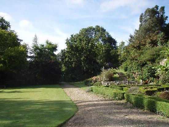 northcourt manor rear garden view - Garden View