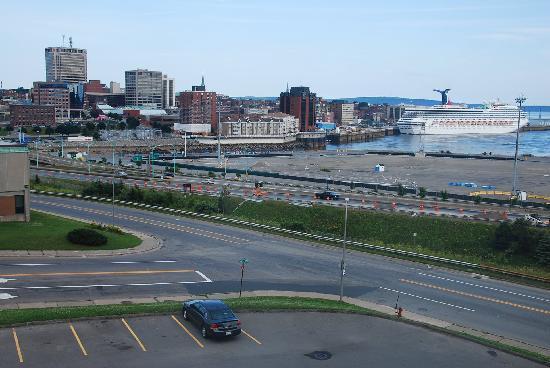 Canadas Best Value Inn - Saint John : The view from the hotel window