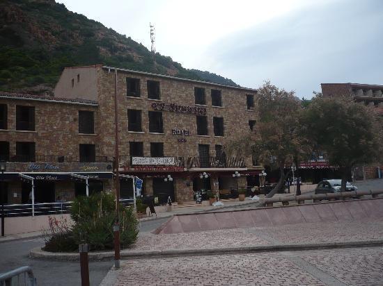 Hotel Le Subrini : l'albergo...