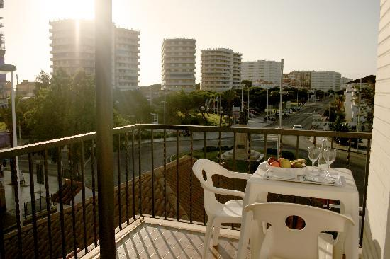 Ayamontino: Vista terraza habitación