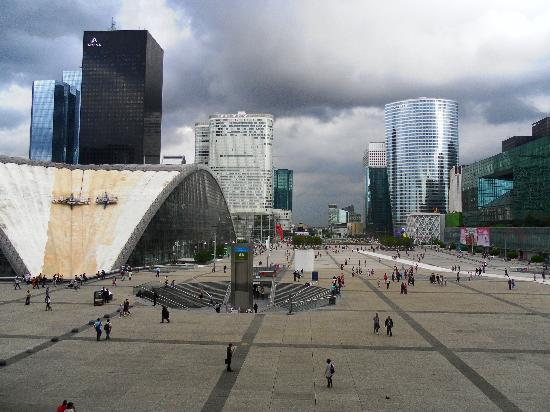 Paris, Prancis: La Défense