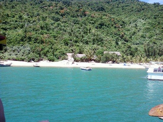 Province de Khanh Hoa, Vietnam: In arrivo nella baia dopo le immersioni