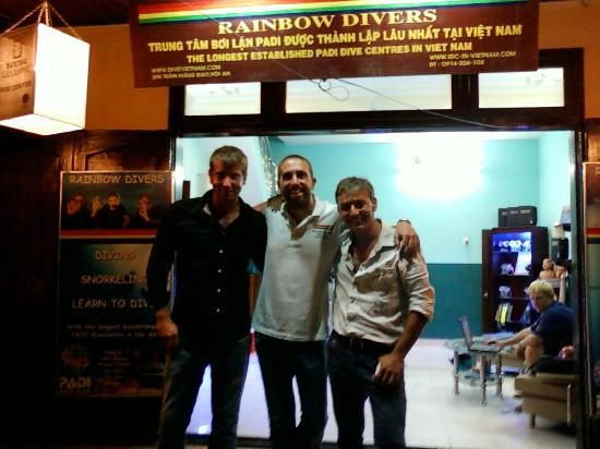 Rainbow Divers-Hoi An: Advanced open divers!