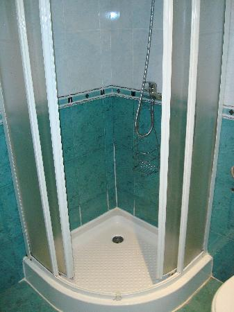BEST WESTERN Lozenetz Hotel: shower