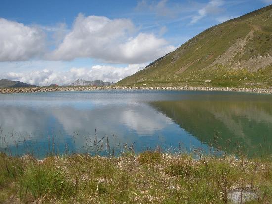 Klosters, Switzerland: Stadlersee beim Jakobshorn