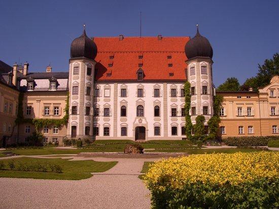 Schlosswirtschaft Maxlrain: Schloss Maxlrain