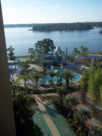 Bay Lake Towers Front Picture Of Bay Lake Tower At