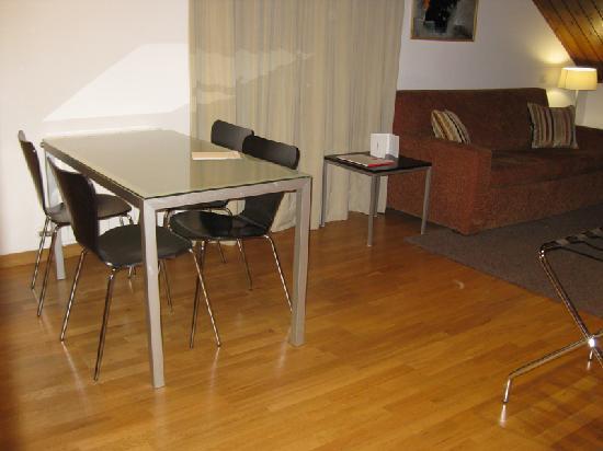 Aparthotel Augusta: Comedor/ Cocina 3