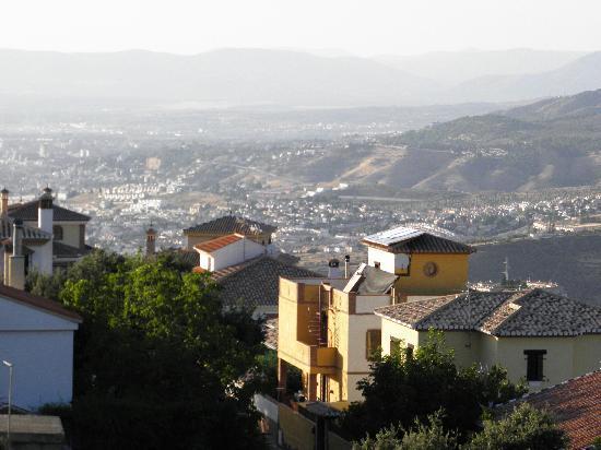 La Encina Centenaria: Vistas desde mi Balcon