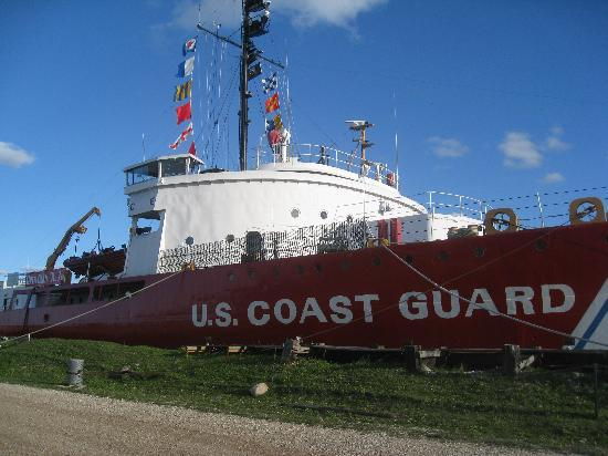 Mackinaw City, MI: The docked ship