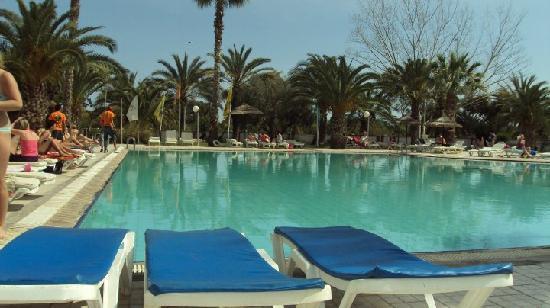 Nerolia Hotel & Spa : the pool