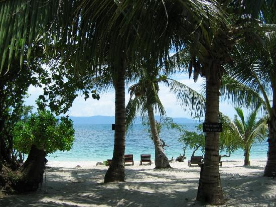 Sarikantang Resort & Spa: beautiful beach