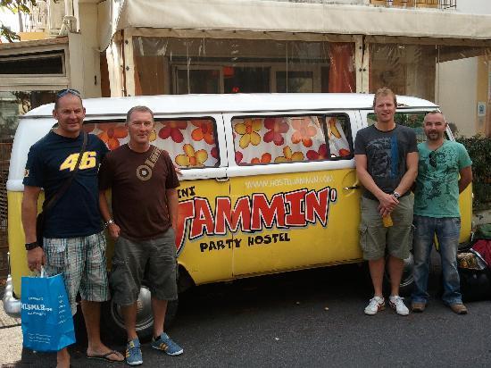 Hostel Jammin' Rimini : Boys with 'Jammin' camper