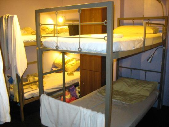 Tresor Tavern Hostel: dorm