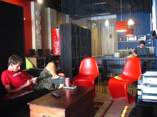 Tresor Tavern Hostel: sala