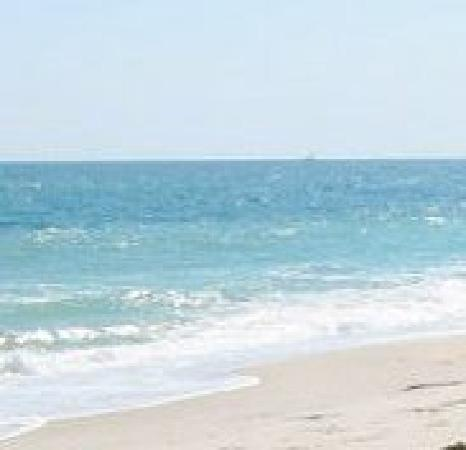 East Quogue, Νέα Υόρκη: On the Beach at Hampton Ocean Resort