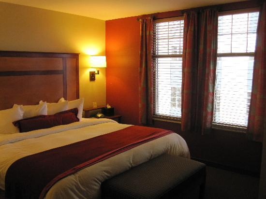 CopperLeaf Hotel: Bedroom