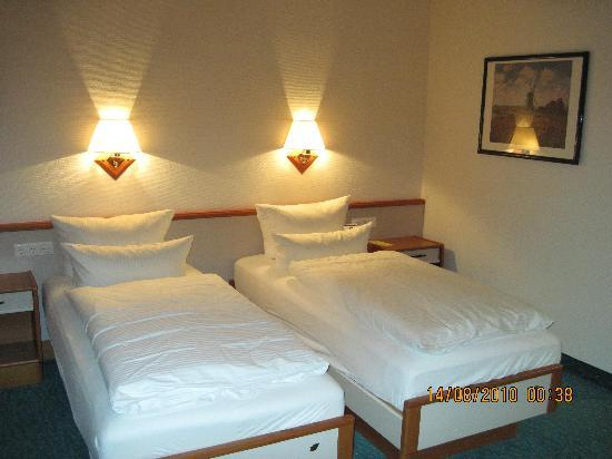 Best Western Hotel Der Lindenhof: Room