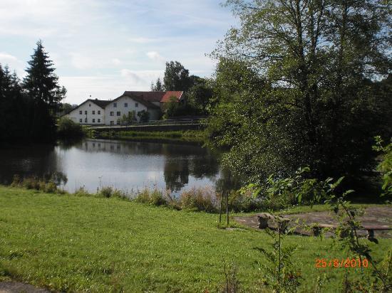 Hohenau, Allemagne : Hauseigener See