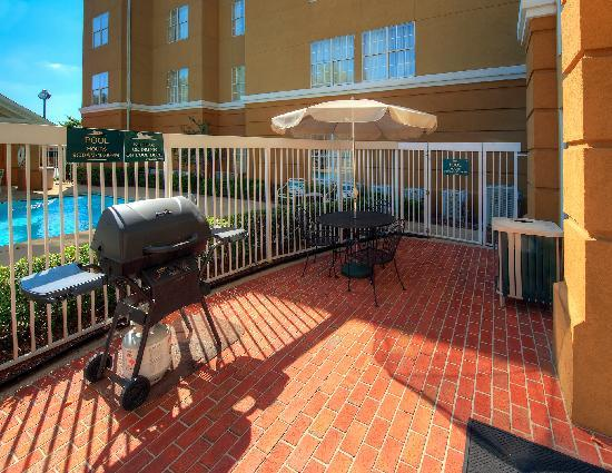 Homewood Suites by Hilton Chattanooga/Hamilton Place: Patio