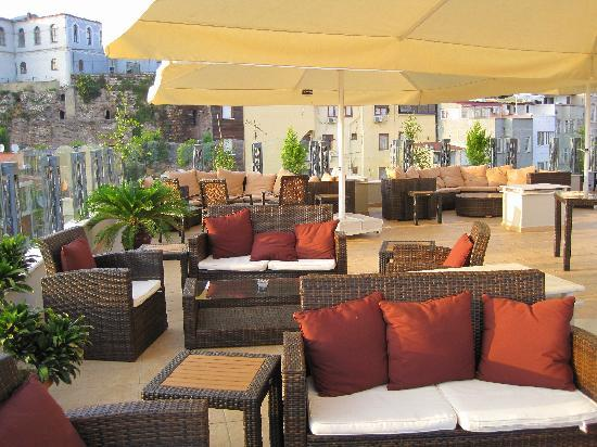 Hotel Amira Istanbul : roof top terrace