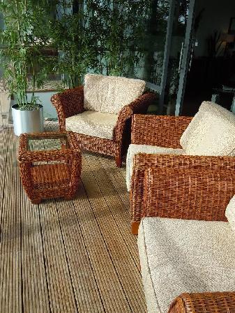 Limerick Strand Hotel: Seats on the balcony