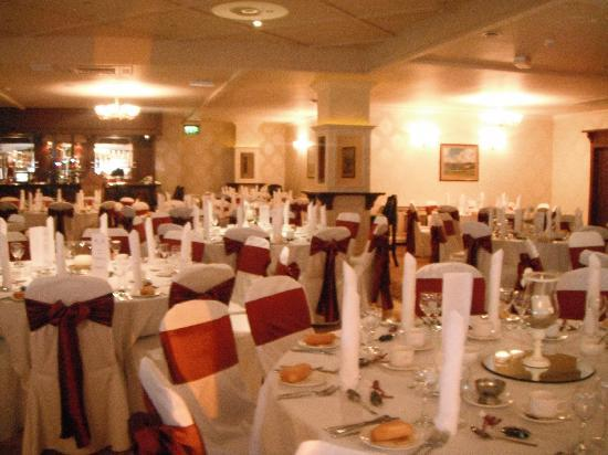 Mulroy Woods Hotel : Function room set up for a wedding