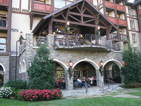 The Inn at Christmas Place - UPDATED 2017 Prices & Hotel Reviews ...