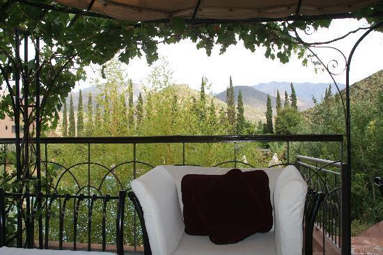 Kasbah Tamadot: garden lounger