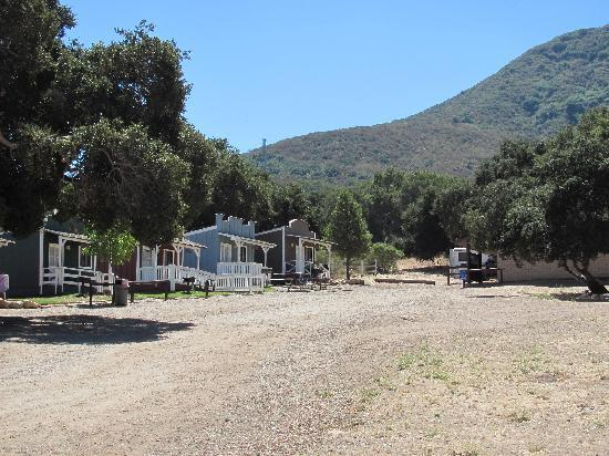 Rancho Oso RV & Camping Resort: Rancho Oso Old West Cabins